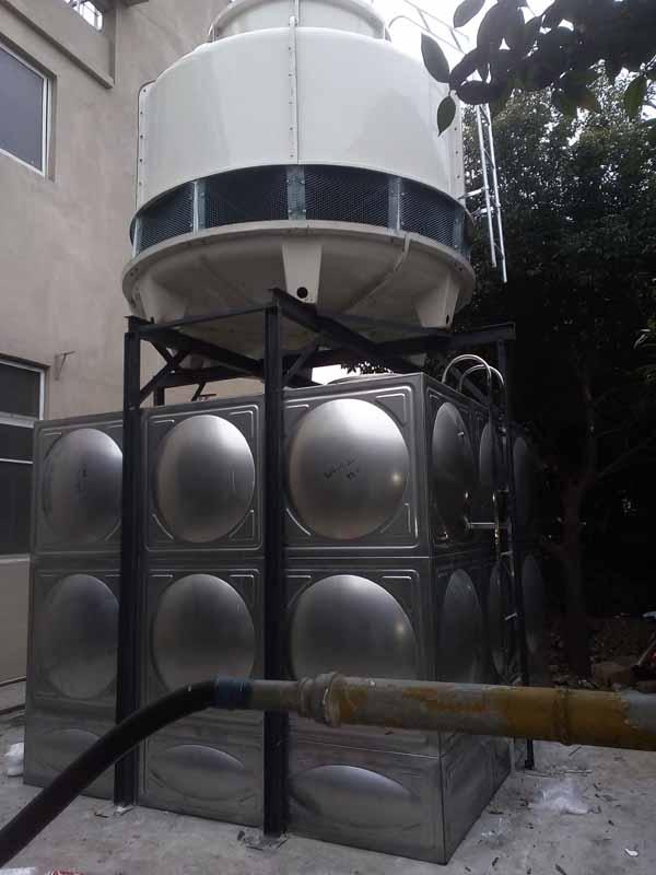 成都龙泉22.5立方不锈钢水箱安装现场