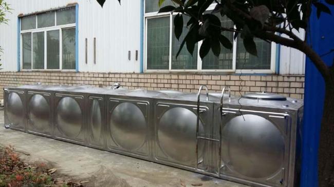邛崃304不锈钢水箱安装现场